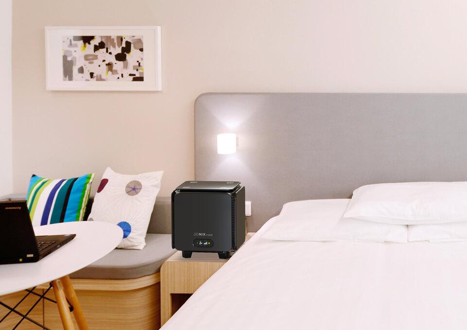 Cube-nero_hotel_961x679.jpg