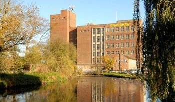 El nuevo molino de E B Bradshaw & Sons, el más avanzado de todo el Norte de Europa, está firmado por Omas Industries