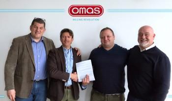 Omas sigla il nuovo accordo commerciale con FAVA LATINO AMERICA