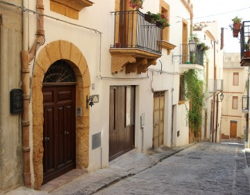 Catania, Sizilien, Athena R32 Wärmepumpe