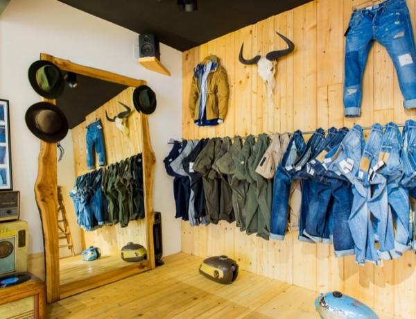 Pitch Drop Abbigliamento