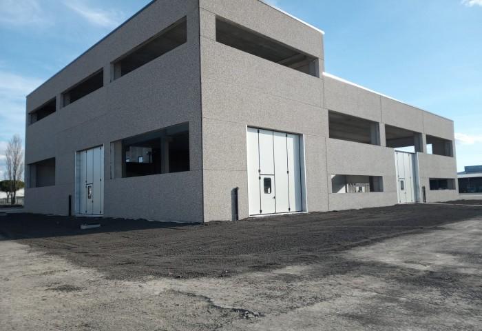 DOORS SISTEM srl: Chiusure industriali coibentati con K termico 1,21